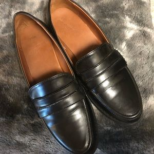 Slip-on Loafers/Dress Shoes